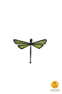 calamita a forma di libellula