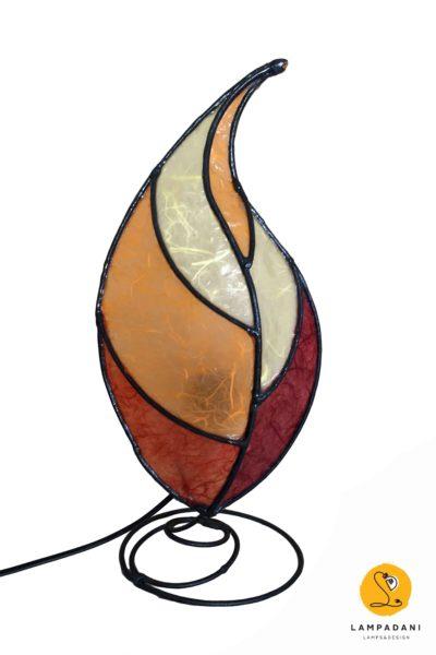 lampada da tavolo a forma di foglia