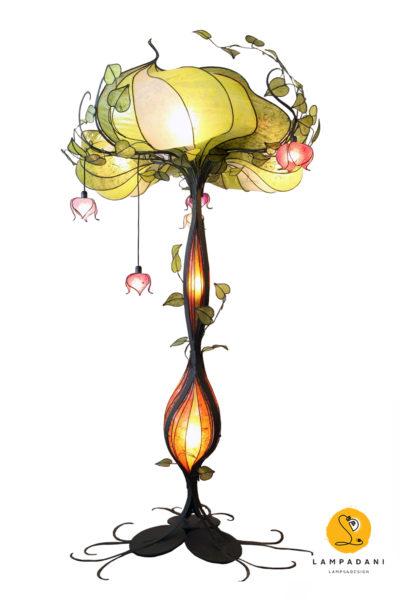piantana scultura a forma di albero